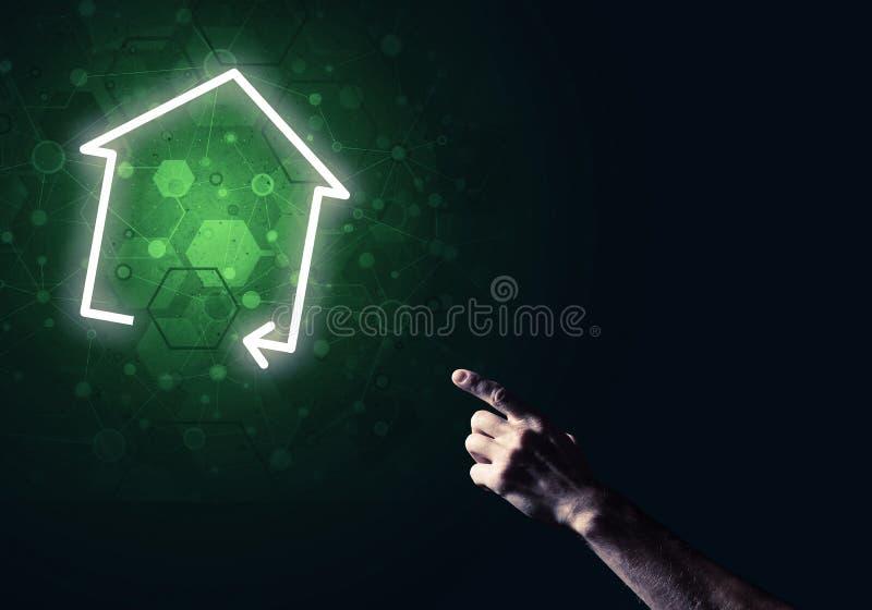 Download Begriffsbild Mit Der Hand, Die Auf Haus- Oder Hauptseitenikone O Zeigt Stockbild - Bild von choose, geschäft: 96925061