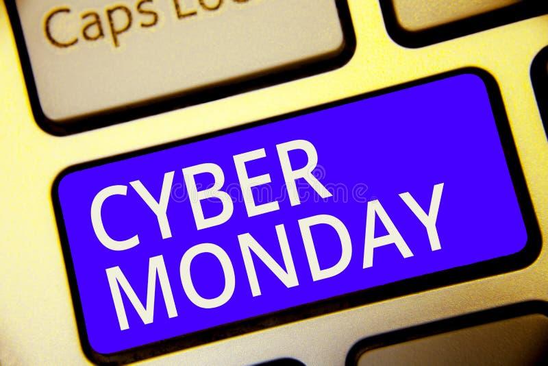 Begriffshandschrift, die Cyber Montag zeigt Geschäftsfoto Präsentationsmarketingbegriff für Montag nach Erntedankfest im Th stockbilder