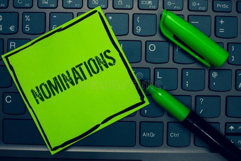 Begriffshandschrift, die Nominierungen zeigt Geschäftsfoto-Text Vorschläge von jemand oder von etwas für eine Jobposition oder ei stockbilder