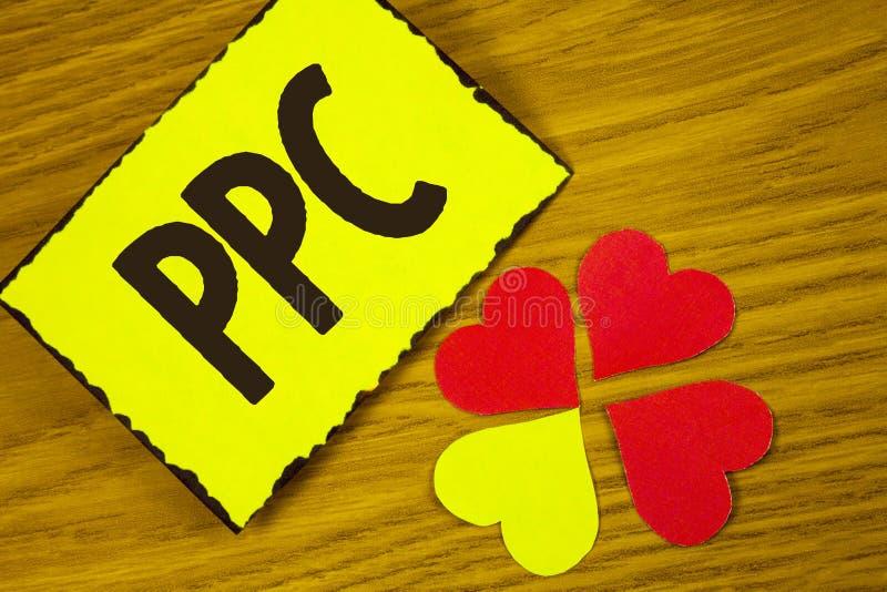 Begriffshandschrift, die Ppc zeigt Geschäftsfototext Bezahlung-pro-Klick- Werbestrategie-direkter Verkehr zu den Website schriftl stockfotografie