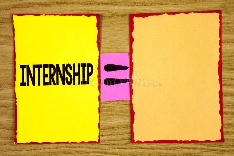 Begriffshandschrift, die Praktikum zeigt Geschäftsfototextstudent oder -auszubildender, die in einer Firma arbeitet, um Erfahrung lizenzfreies stockbild