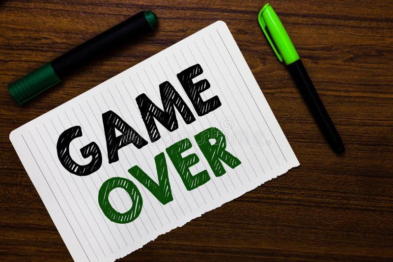 Begriffshandschrift, die vorbei Spiel zeigt Situation des Geschäftsfoto-Textes A in einem bestimmten Sport, das seine Schlüsse od stockfoto