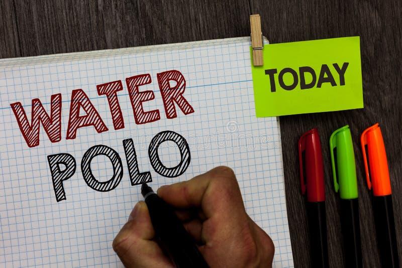 Begriffshandschrift, die Wasserball zeigt Wettbewerbsfähiger Mannschaftssport des Geschäftsfoto-Textes spielte im Wasser zwischen lizenzfreie stockbilder