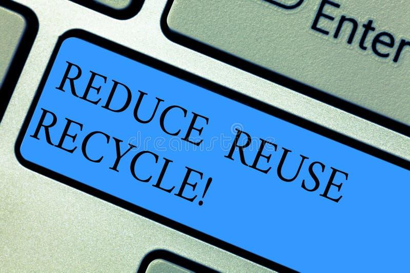 Begriffshandschriftvertretung verringern Wiederverwendung aufbereiten Geschäftsfotopräsentation auf der Menge des Abfalls uns ver stockfotos