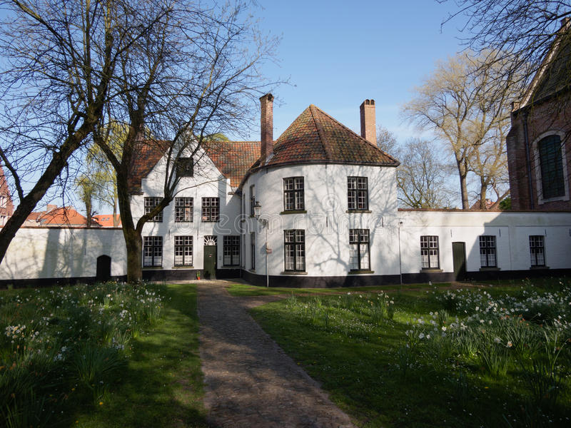 Beguinage a Bruges, Belgio immagine stock