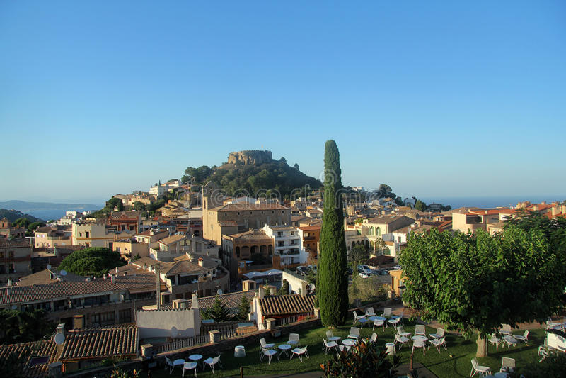 Begur,肋前缘Brava,希罗纳, Catalunya,西班牙村庄, 库存图片