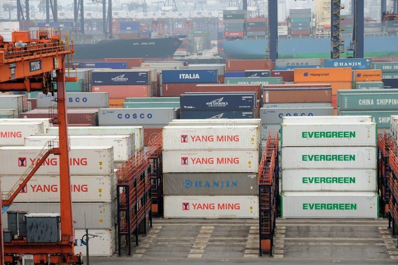 Behälter-Terminal Hong- KongKwai Chung stockfotos