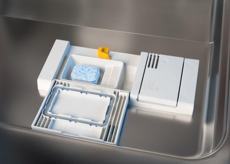 Behållare för diskaretvättmedel med en minnestavla royaltyfria bilder