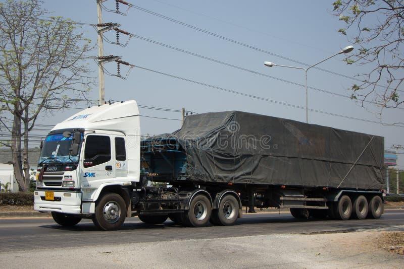 Behållarelastbil av företaget för SMK-logistiktrans. arkivfoton