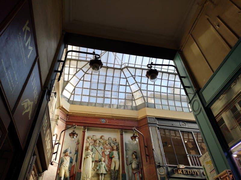 Behandelde passages van Parijs, Frankrijk Passage Jouffroy stock afbeelding