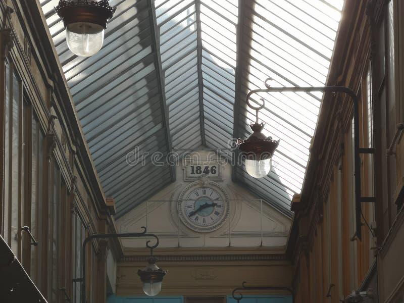Behandelde passages van Parijs, Frankrijk Passage Verdeau royalty-vrije stock foto's