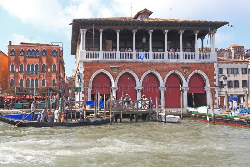 Behandelde Vissenmarkt, Venetië royalty-vrije stock fotografie