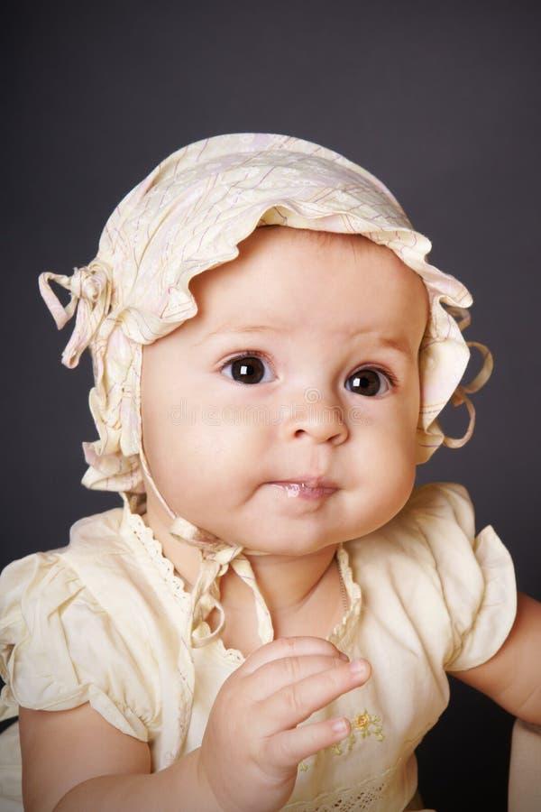 behandla som ett barn nätt royaltyfria foton