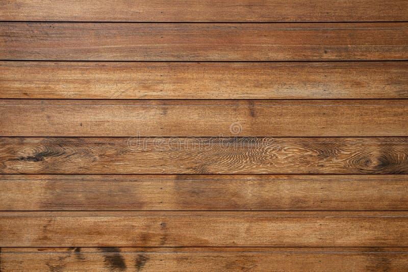 Behandlat stängsel av träplankor royaltyfri fotografi