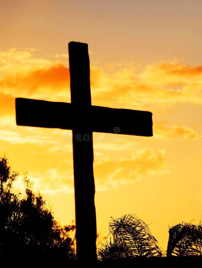 Behang van de de celtelefoon van de silhouet het Christelijke dwarszonsondergang stock foto's