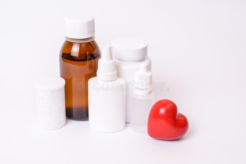 Beheben Sie Heilungsapothekerschmerz rx Symbol psychiatrisches Herz-medici stockfotografie
