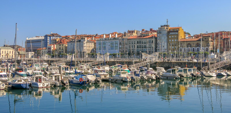Beherbergten Sie in Gijon, Asturien, Nord-Spanien lizenzfreie stockbilder