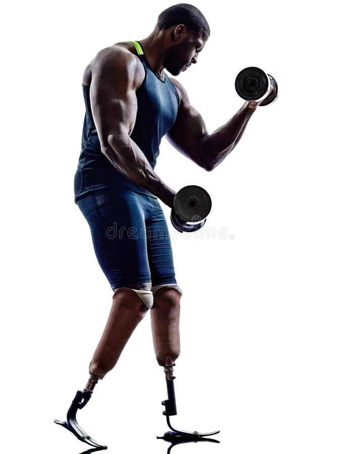 Behinderte Bodybuilder, die Gewichtsmann mit Beine prosthe errichten stockfotografie