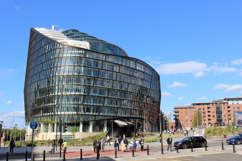 Behulpzaam Groepshoofdkwartier die Manchester bouwen royalty-vrije stock afbeeldingen