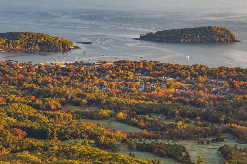 Bei colori di caduta dell'acadia, Maine fotografie stock libere da diritti