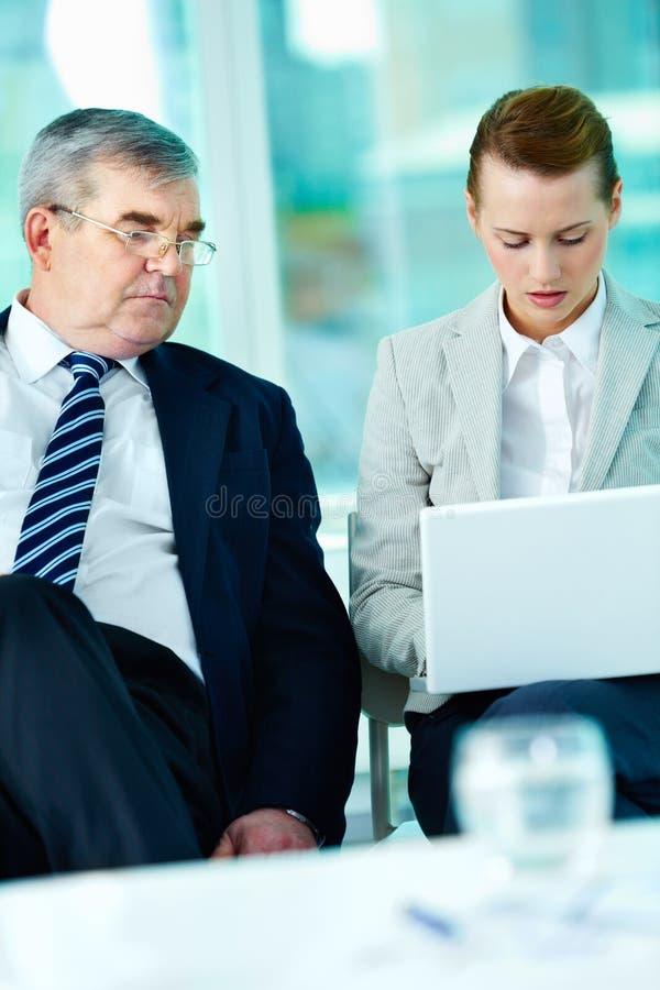 Bei der Sitzung lizenzfreies stockfoto