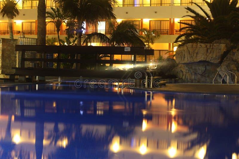 Bei Nacht гостиницы стоковая фотография