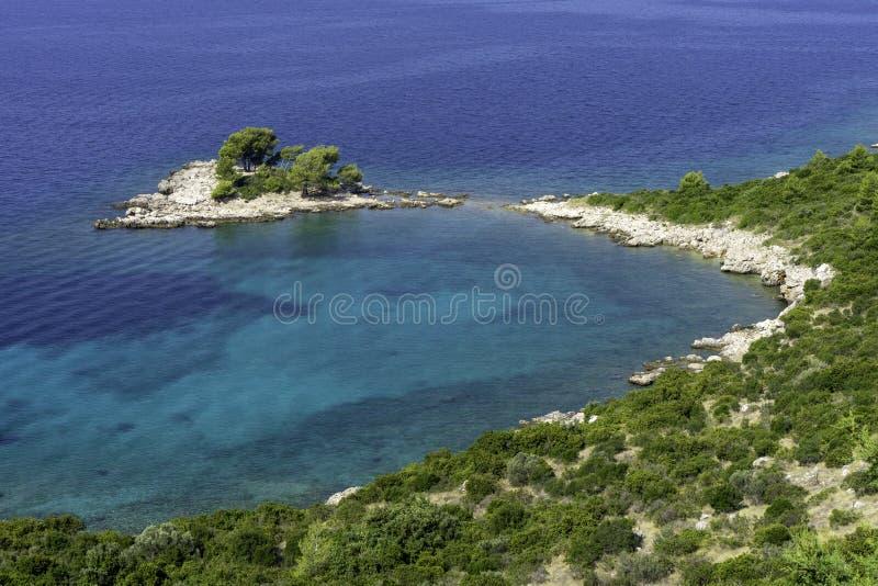 Bei paesaggio e mare aerei in Croazia fotografia stock libera da diritti