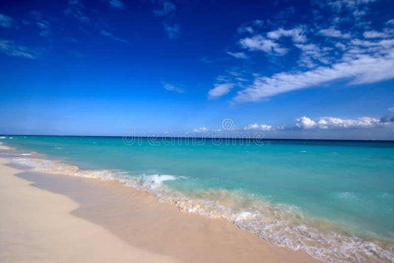 Bei spiaggia e mare fotografia stock libera da diritti
