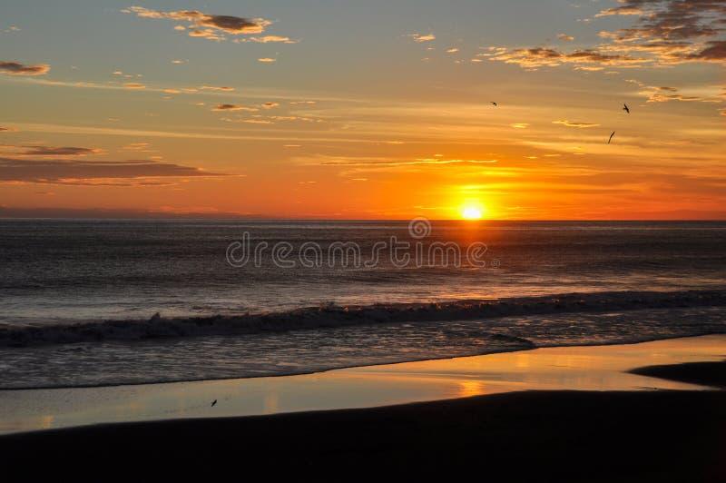 Bei tramonti del EL Zonte, El Salvador di Playa fotografia stock