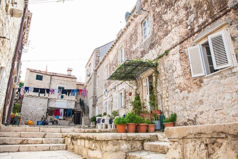 Bei vicoli alla vecchia città murata di Ragusa immagine stock