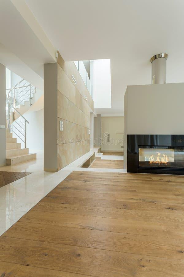 Beige binnenland van modern huis royalty-vrije stock afbeelding