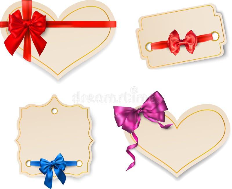 Beige Papierkartenschablonen mit Satinbogen stock abbildung