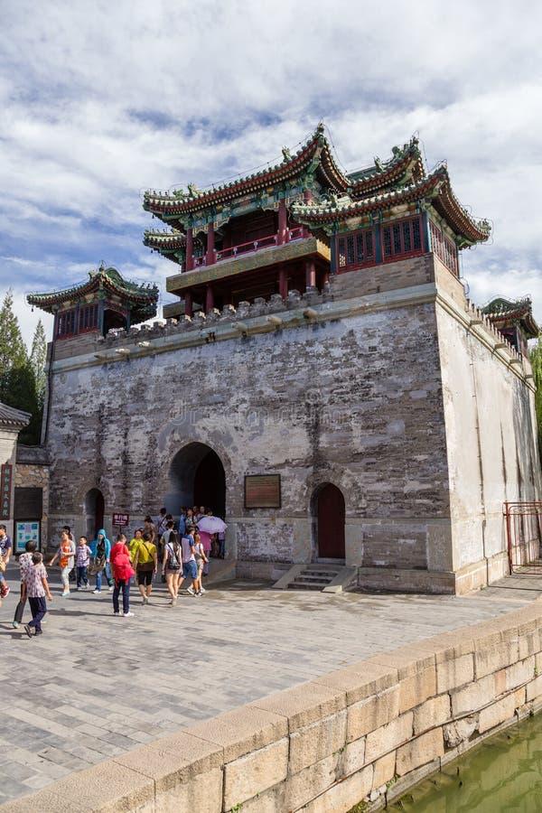 beijing porslin Imperialistisk slott för sommar Torn med pagoden arkivfoto