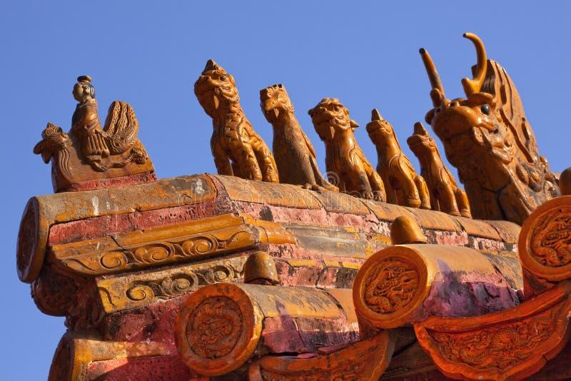 beijing stadsfigurines som förbjudas taket royaltyfri fotografi