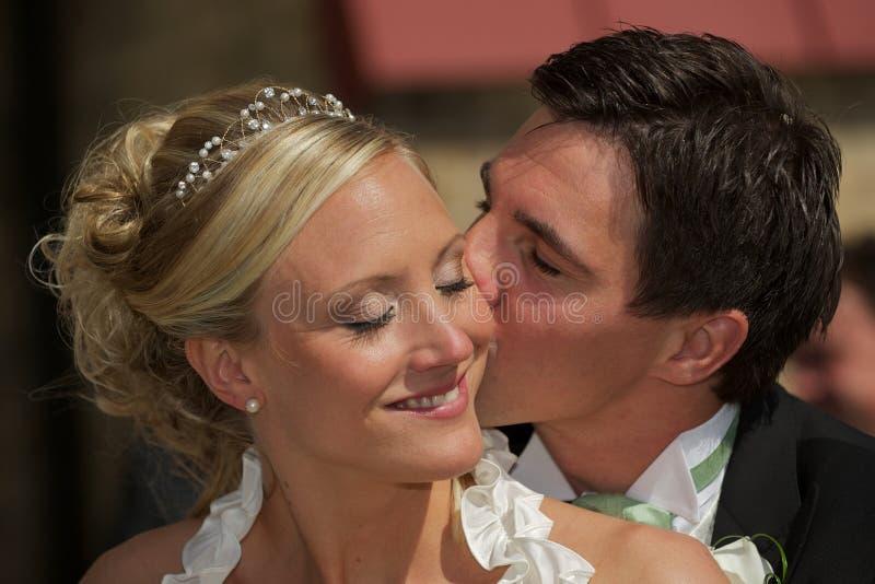 Beijo em seu mordente foto de stock