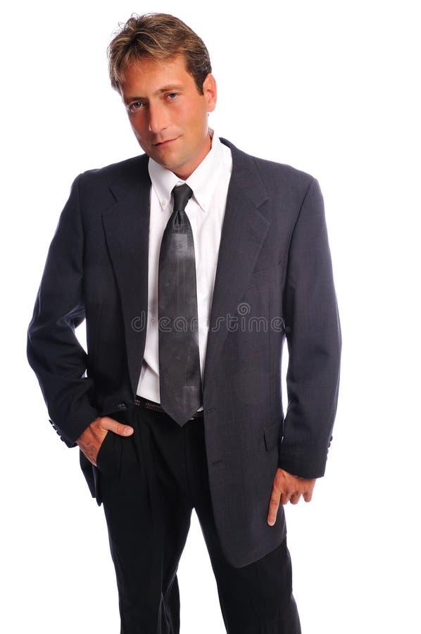 Beiläufige Haltung des Geschäftsmannes lizenzfreies stockfoto