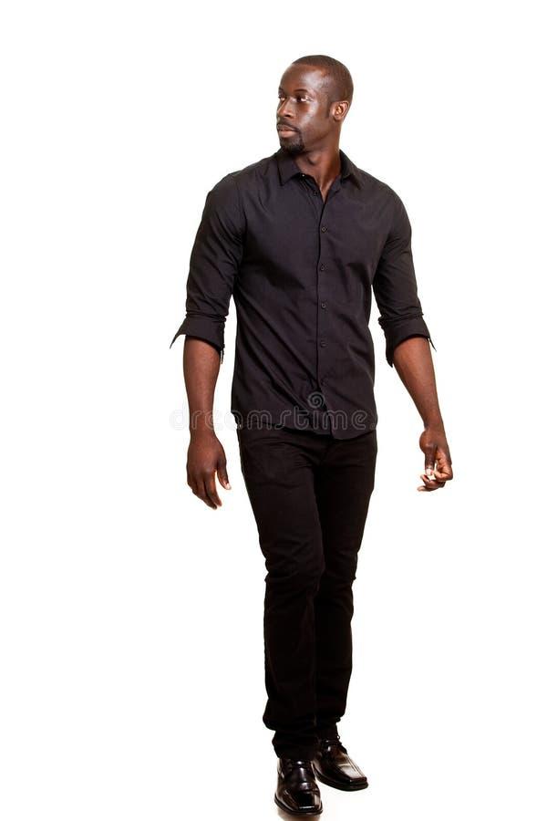Beiläufiger Mann auf Weiß lizenzfreies stockfoto
