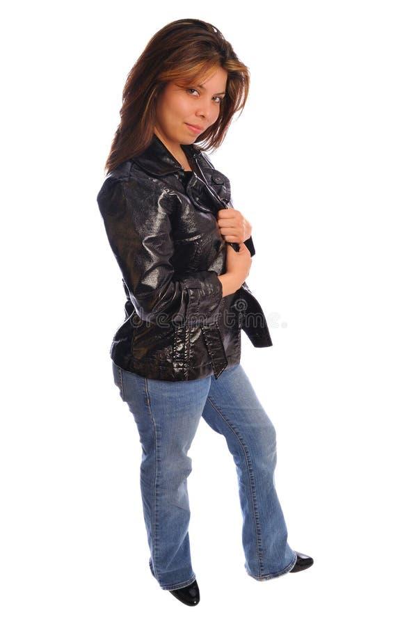 Beiläufiges Baumuster in einem ledernen Mantel stockfotografie