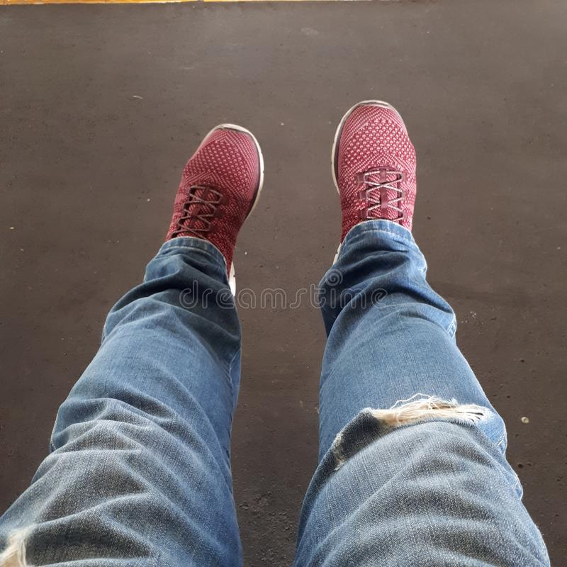 Beine mit Rot stockbild
