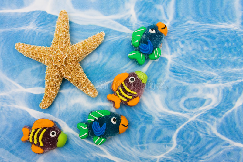 Beira colorida dos peixes imagem de stock royalty free