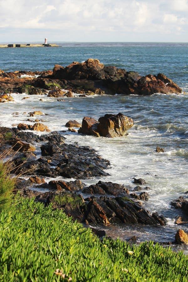 Beira-mar de Oceano Atlântico em Porto, Portugal imagens de stock royalty free