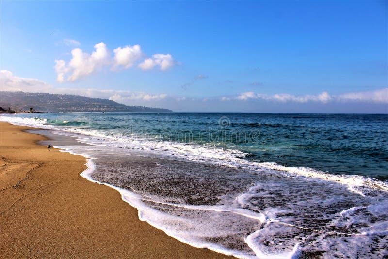 Beira-mar na praia Califórnia de Hermosa em Los Angeles County, Califórnia, Estados Unidos fotografia de stock royalty free