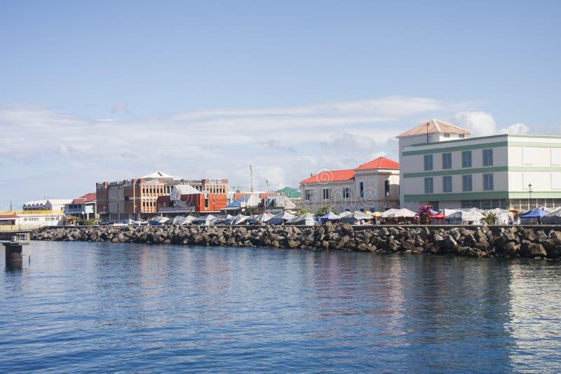 Beira-rio colorido em Dominica fotos de stock