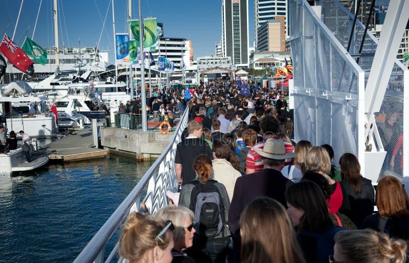 Beira-rio de Auckland da multidão de RWC 200.000 imagens de stock royalty free