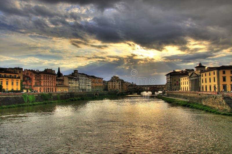 Beira-rio de Ponte Vecchio e de Florença foto de stock royalty free