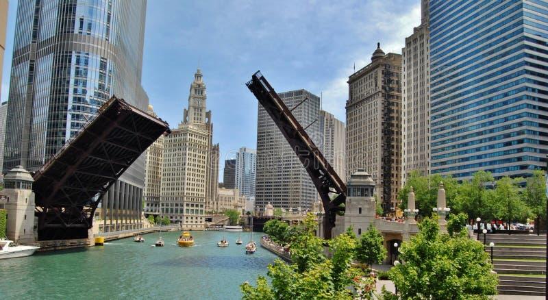Beira-rio do centro de Chicago foto de stock