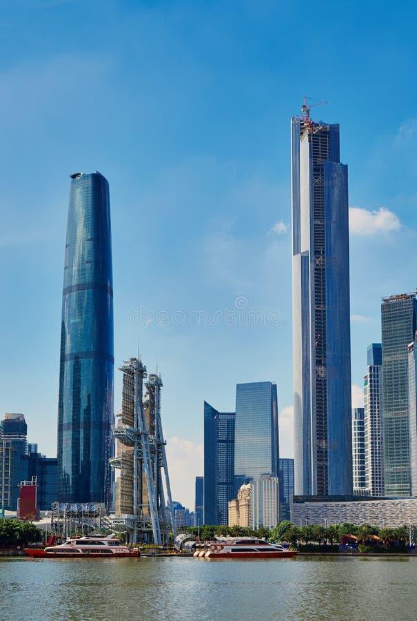 Beira-rio moderno Guangzhou China da opinião da cidade imagem de stock