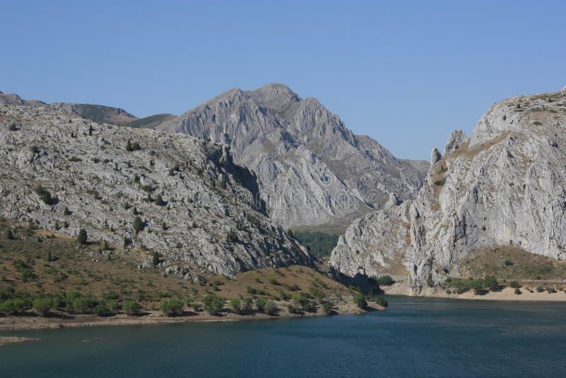 Beira-rio no lago, 'bairros de Luna ', ³ n de Leà imagens de stock royalty free