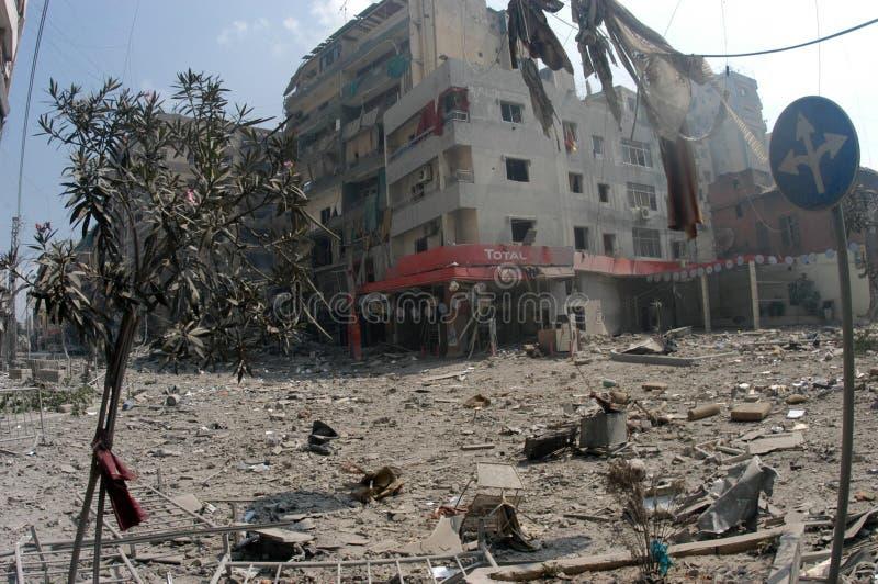 Beirut unter Bombardierung stockfotos