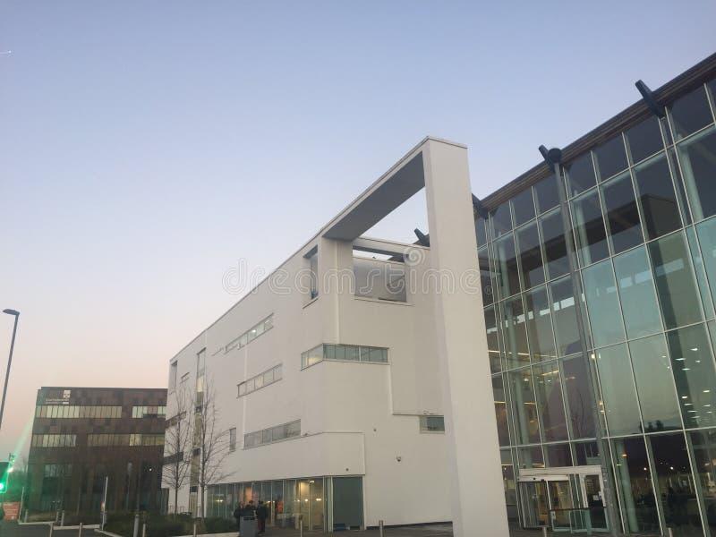 Beispiel des modernen Bildungsinstituts lizenzfreie stockfotografie